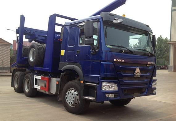 Вантажівка HOWO 6×4 LOG TRUCK