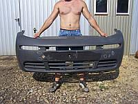 Бампер передний -06 Opel Vivaro 2001-2010