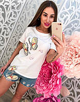 """Женский стильный костюм с вышивкой """"Бабочки"""": футболка и джинсовые шорты"""