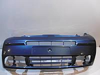Бампер передний -06 под туманки Opel Vivaro 2001-2010