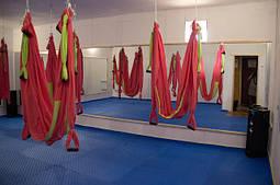 Оформление зала для йоги и фитнеса в Херсоне.