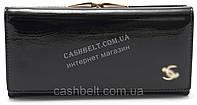 Стильный кожаный лаковый женский кошелек черного цвета art.P7001, фото 1