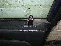 Кнопка блокировки передней правой двери Mitsubishi Space Star 1998-04