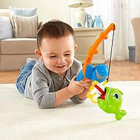 """Игровой набор для малышей """"Рыбалка"""" удочка с рыбкой BFV11 Фишер Прайс"""