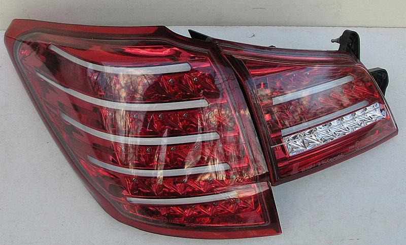 Задние Subaru Outback B14 альтернативная тюнинг оптика фары тюнинг-опт