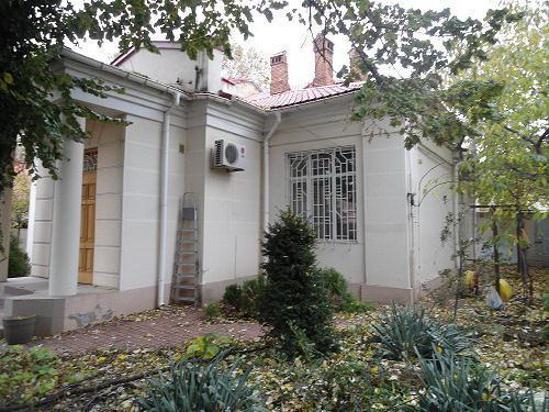 Продам особняк, Приморский район, улица Пионерская
