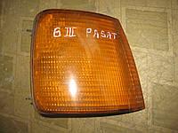 Фонарь поворотник указатель поворота правый Фольксваген Пассат Volkswagen Passat В3