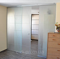 Стеклянные пергородки с раздвижной дверью