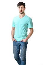 Качественная мужская футболка оригинального кроя с V-образным вырезом горловины ментол