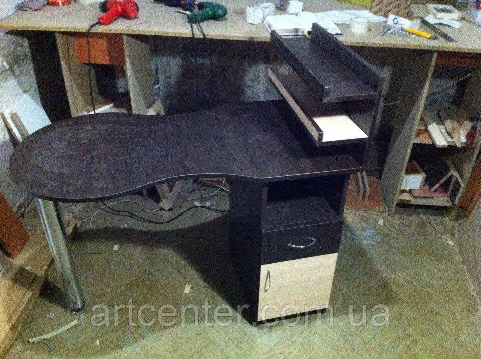 Складной стол для маникюра с полочками для лаков и ящиками