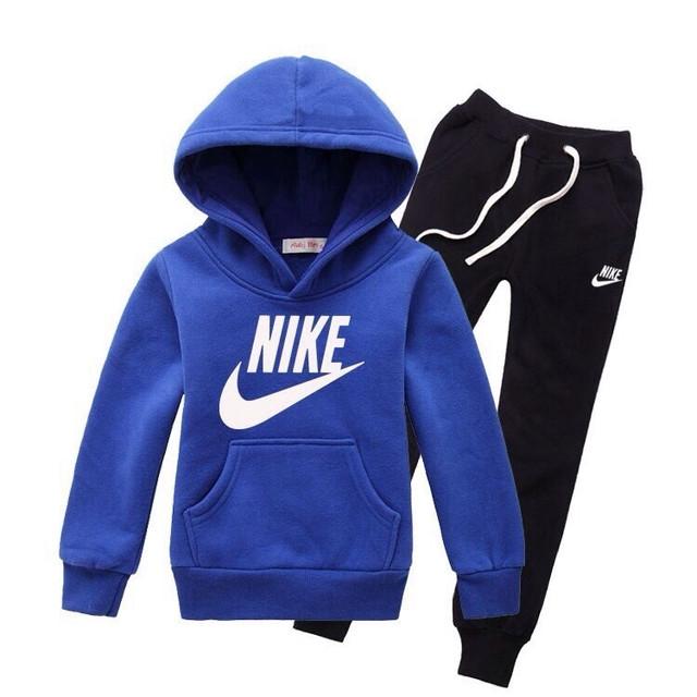 Спортивні костюми.Спортивні штани для хлопчиків.