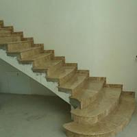 Лестница из натурального камня  Emperador Light (Ступень) 20 мм