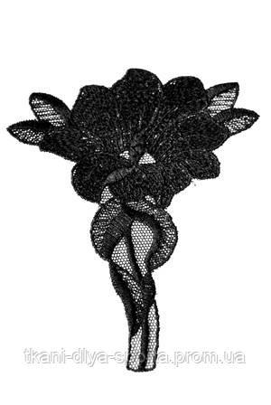 Кружевной мотив черный