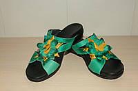 Шлепки кожаные женские зеленые 36,37,38 р AVANA