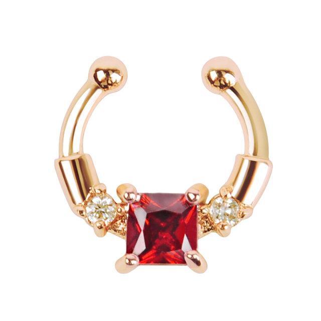 Серьга-обманка Chic с красным камнем