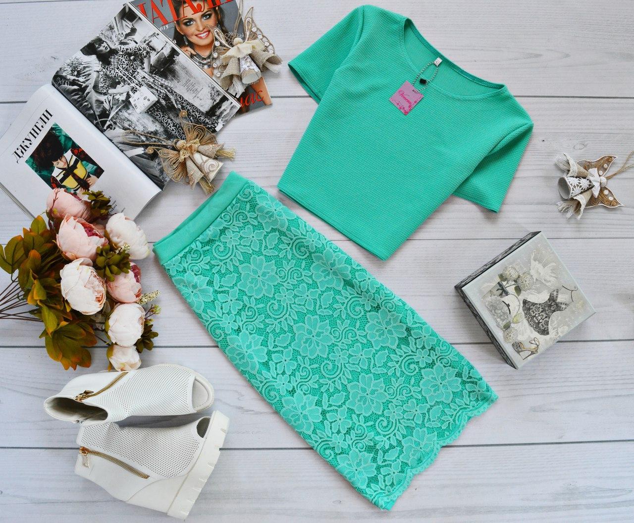 Женский костюм: топ  из кукурузы + юбка из набивного гипюра мята