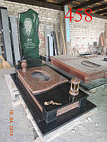 Памятник с лампадкой и вазой, фото 1