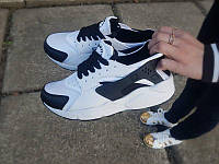 Кроссовки женские черно белые реплика Nike Huarache
