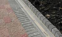 Золотой мандарин Поребрик фигурный квадратный (500х250х80) Серый цвет на сером цементе  Вес 23,3 кг