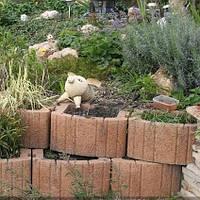 Золотой мандарин Цветочница квадратная (400х500х250) Персиковый цвет на сером цементе Вес 55,8 кг