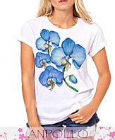 Красивая женская футболка с рисунком