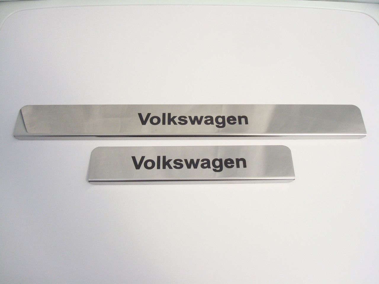 Хромированные накладки на пороги Volkswagen
