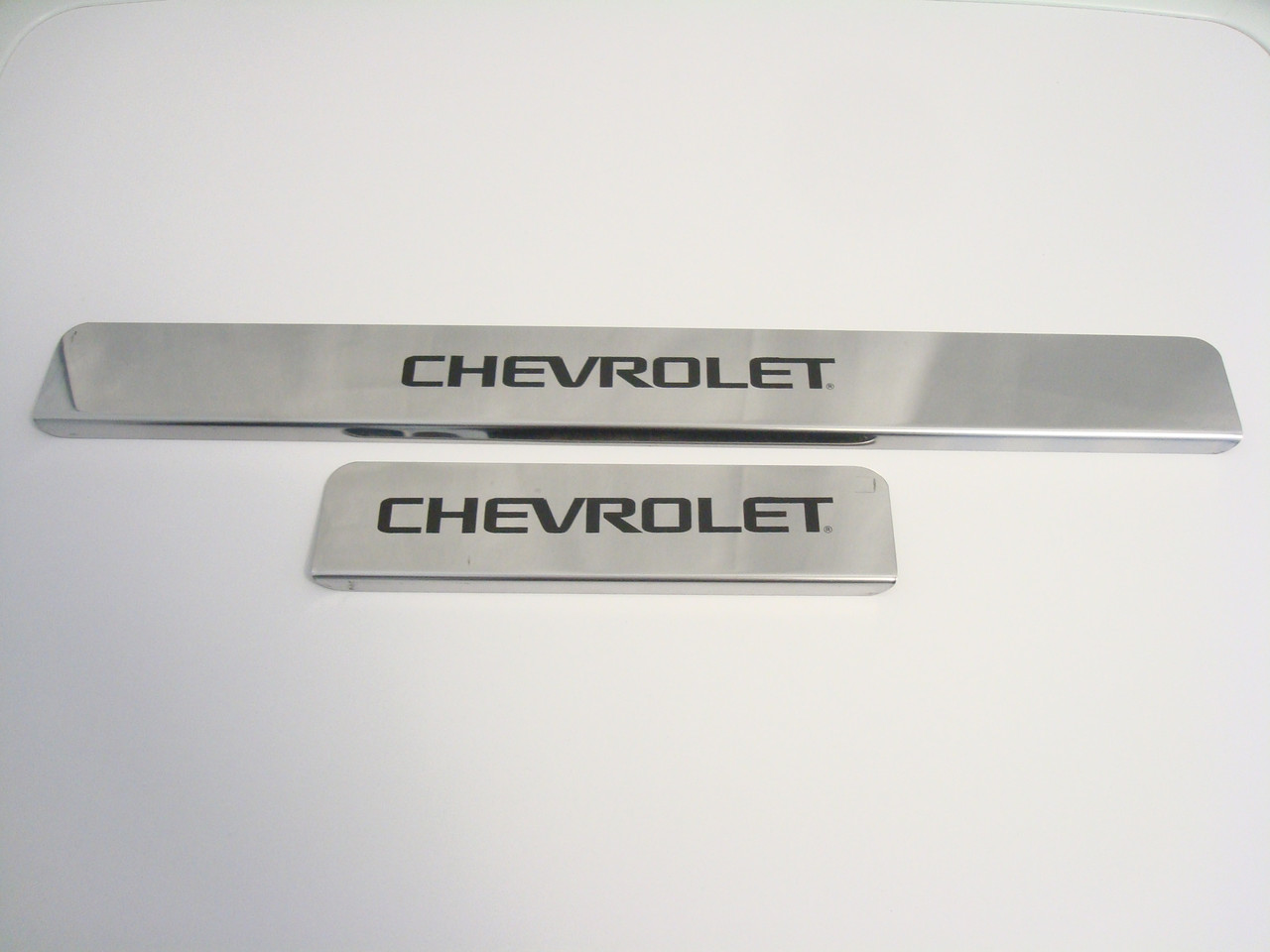 Хромовані накладки на пороги Chevrolet