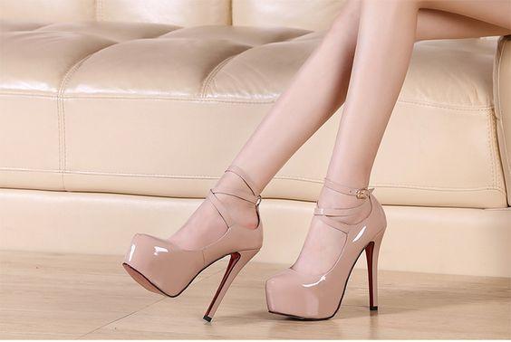 """Хорошо подобран цвет женских туфель поможет стать звездой вечера. Большой ассортимент женских туфель в магазине """"Супермаркет обуви""""."""