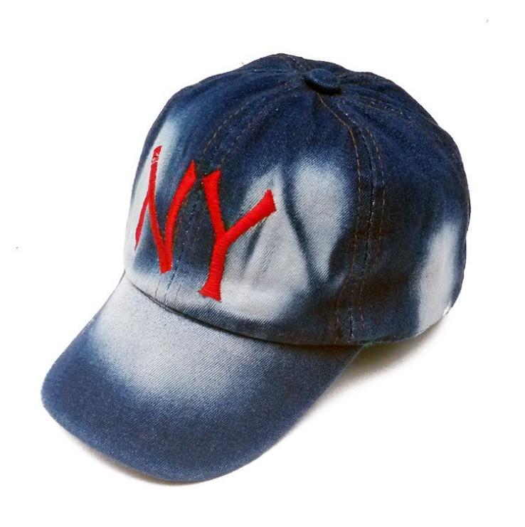 Детская кепка джинсовая.