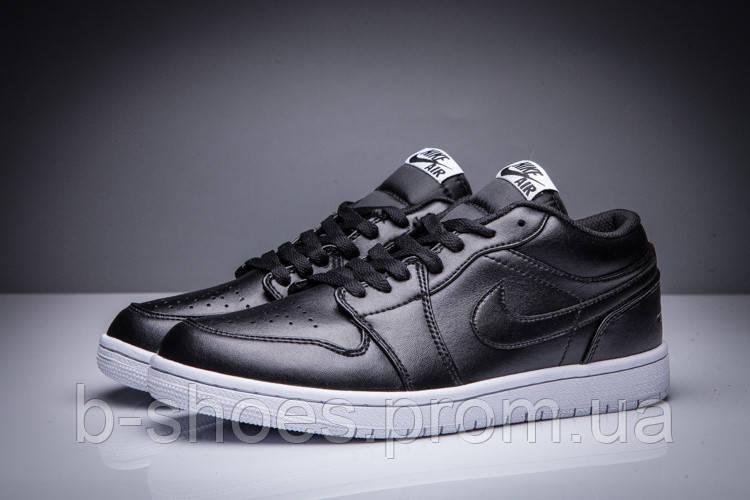 Мужские кроссовки Air Jordan Retro 1 Low (Black/White)