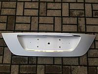 Накладка крышки багажника Mercedes-Benz W211 E-Class Оригинал