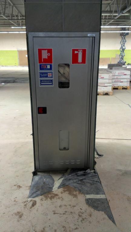 Шкаф пожарный с комплектацией в Новусе