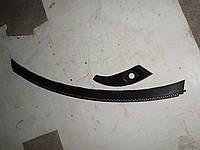 Жабо под стекло с правым уголком Volkswagen Sharan (96-00)