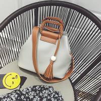 Женская сумка Мешок с кисточкой серая