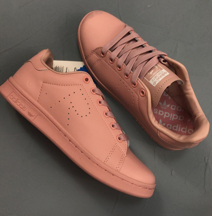 sports shoes 183fe ecfa1 Кеды в стиле Stan Smith x Raf Simons Ash Pink женские