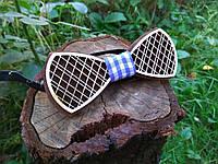 Деревянная бабочка галстук Орнамент Синяя клетка ручной работы, серия Fantasy