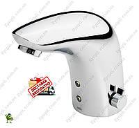 Смеситель для умывальника сенсорный Oras Electronics 6150F