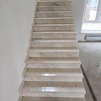 Лестница из натурального камня Volacas (Подступенок) 20 мм