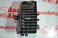 Дефлектор воздушный центральный правый VOLKSWAGEN Crafter 06-16