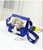 Женская сумка с меховой аппликацией