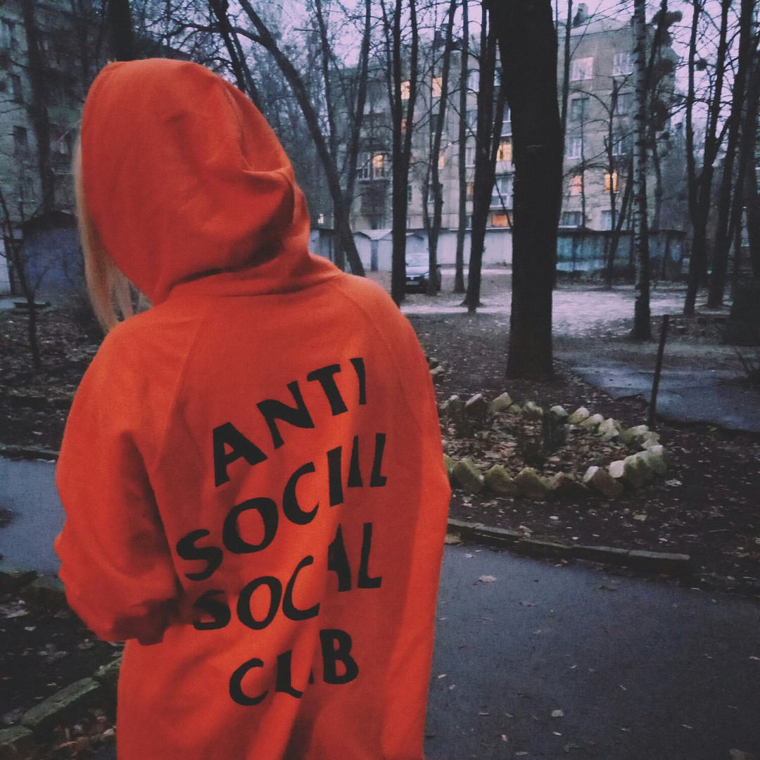 Толстовка Anti Social social club Paranoid Undefeated Женская