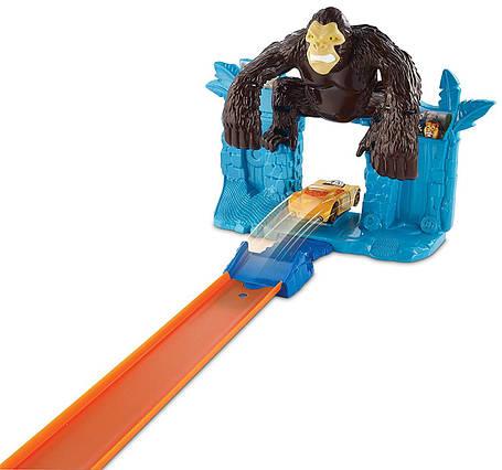 Трек Хот Вилс Побег от Гориллы Hot Wheels Gorilla Getaway Track Set, фото 2