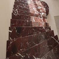 Лестница из натурального камня Rosso Levanto ВС (Подступенок) 20 мм