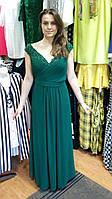 Вечернее платье цвета малахит с вырезом на спинке