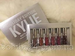 Набор матовых жидких губных помад kylie holiday edition