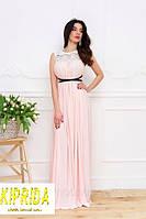 Длинное нежное платье в пол с кружевной лентой по лифу и расклешенным низом