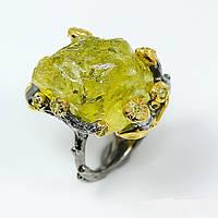 Кольцо ручной работы из серебра 925 пробы с натуральным неограненным лимонным кварцем. Размер 16,3