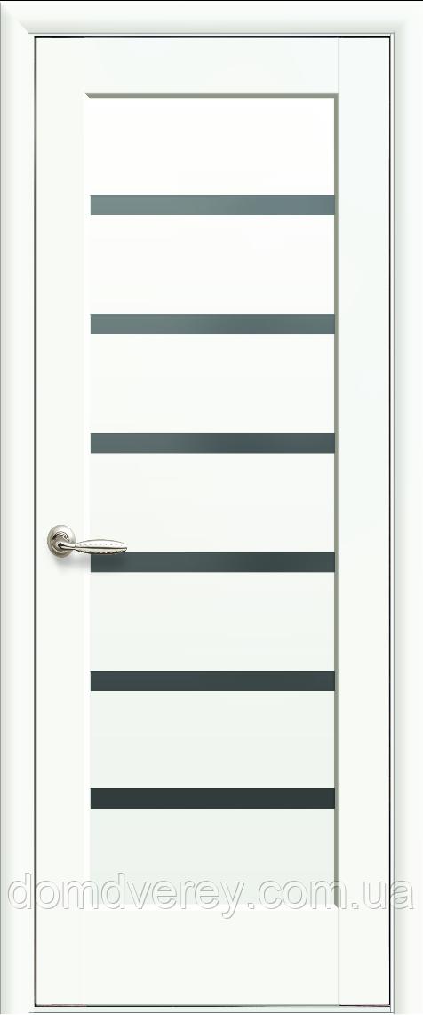 Двері міжкімнатні Новий Стиль, Ностра, модель Ліннея, білий матовий, з чорним склом