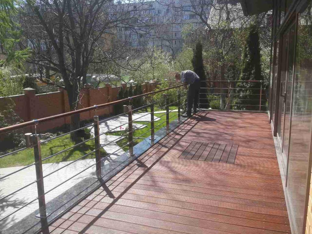 Обновление террасной доски из Мербау и ее подсистемы.
