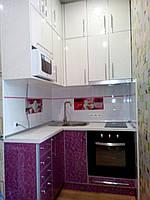Кухня,  фасады пластик в алюминиевом профиле